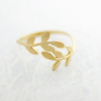 Gold Leaf Ring Gold Ring Dainty ring Adjustable ring Gold branch ring Christmas Gift mom Birthday Gift best friend Birthday Gift sister