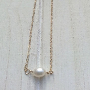 CHRISTMAS SALE Single Pearl, Pearl Necklace, Single Pearl Gold Necklace, Sterling Silver, Delicate Dainty Jewelry, Delicate Necklece, Gift