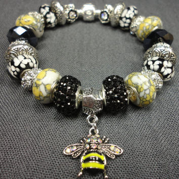 Queen Bee Charm Bracelet/With Howlite/Black and Yellow/Bumble Bee Charm