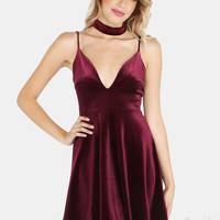 Velvet Choker Neck Skater Dress WINE | MakeMeChic.COM
