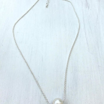 Silver Pearl necklace, single pearl necklace, minimalist jewelry, bridal jewelry, single pearl, freshwater pearl, wedding jewelry