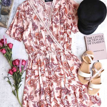 minkpink - lola short sleeve sundress - multi coral