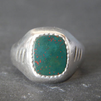 Handsome Vintage Men's Sterling Silver Bloodstone Signet Ring - Gifts for Men - Men's Vintage Ring  - Sterling Silver Jewelry