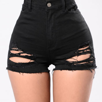 Sorry Mom Shorts - Black