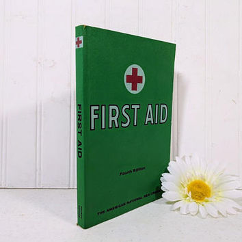 American Red Cross First Aid Textbook for the Instruction of First Aid Classes 35th Printing 1970 - First Aid Manual Book 269 Illustrations