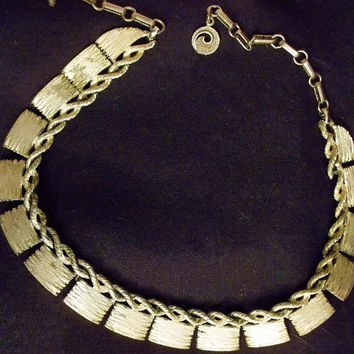 Signed Lisner Necklace, Choker, Silver Tone, Slight Antiqued Chain, Art Deco Style, Hallmarked, Silver Links, Designer Signed, Choker,