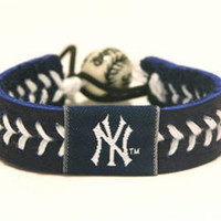 Gamewear MLB Leather Wrist Band - Yankee Team Colors