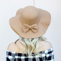 Bow Floppy Hat – Tan