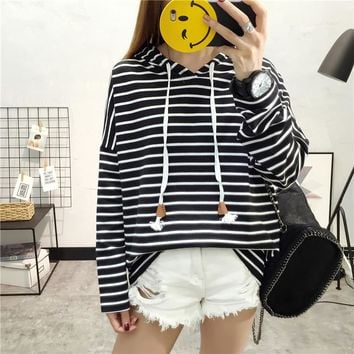 Women's classic striped striped long-sleeved Female Winter long sleeves clothing Girl College coat