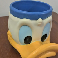 Vintage Large Donald Duck Plastic Mug from 1992  / Donald Duck Plastic Disney Mug / Walt Disney / Mickey Mouse