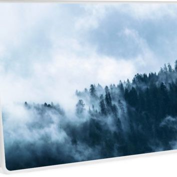 'Fog Forest Mointain' Skin de laptop by Creative-World