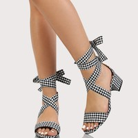 Gingham Ankle Wrap Short Block Heel with One Band BLACK WHITE
