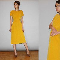 1940s Vintage Yellow Mustard Velvet Bombshell Pinup Wiggle Dress – Vanguard Vintage Clothing