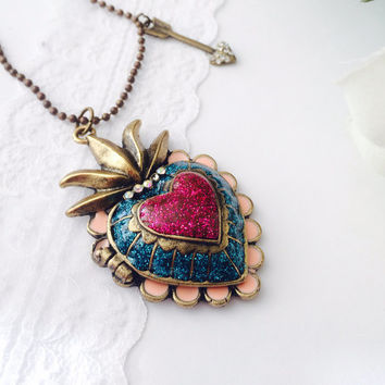 Heart locket Necklace triple heart patterns - antique bronze
