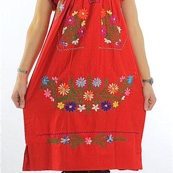 70s Oaxacan Boho Embroidered Floral Mexican Dress