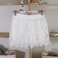 White Sunflower Lace Shorts-YW-DMS110