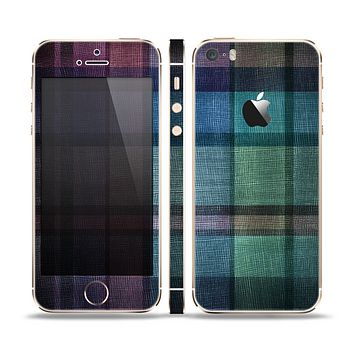 The Multicolored Vintage Textile Plad Skin Set for the Apple iPhone 5s