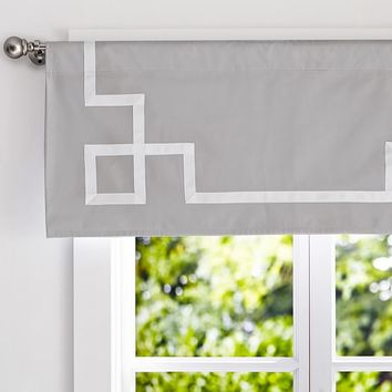 Emma Ribbon Trim Valance