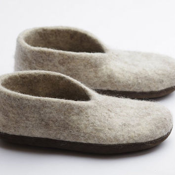 Boiled organic shoes-felted slippers-mothers day gift- wool clogs- white- sand color-light brown suede