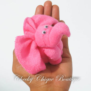Washcloth Elephant - Baby Shower Favors, Diaper cake, Elephant Baby Shower, Washcloth Animals, Washcloth Lollipop, Baby Washcloth