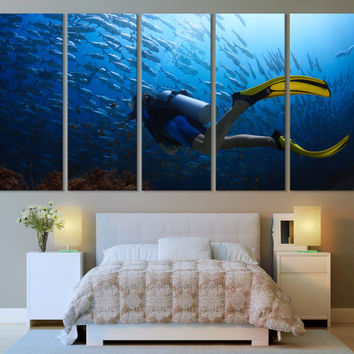 Diving Underwater Ocean Canvas Print Wall Art / Scuba Diving Water Sport Ocean Photography Blue Wall Art Canvas Print / Home & Office Decor