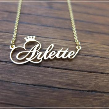 Personalized Name Crown Necklace Handmade Customized Cursive Font Nameplate Pendant Stainless Steel Chain Jewelry Birthday Gifts