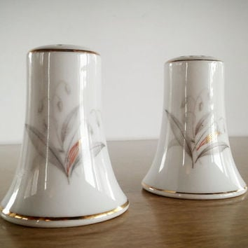 Kaysons Fine China Japan Salt Shakers, Vintage Kaysons Japan Salt Shakers Grey Floral Bell Shaped