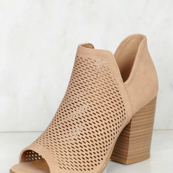 Cut Out Peep Toe Bootie Natural