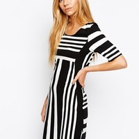 Vila Black And White Stripe Short Sleeve Dress