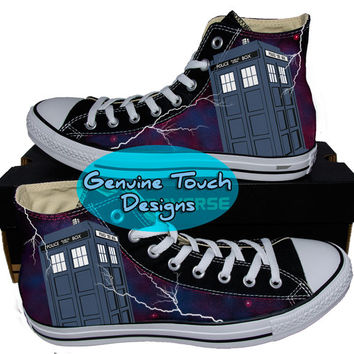 Hand Painted Converse Hi Sneakers. Doctor who. Fanart, Wraith. Stars. Custom Handpainted shoes.