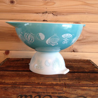 Pyrex Balloons Promotional Cinderella Bowl Chip Bowl # 444 4 qt and # 441 1.5 pt