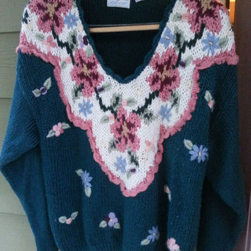 Vintage 80s Maggie Lawrence Oversized Floral Embroidered V Neck Sweater Size L