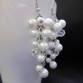 Pearl Cluster Earrings, Wedding Pearl Earrings, Bridesmaid Earrings, Wedding Jewelry, Dangle Earrings, Ivory or White