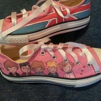 DCCKGQ8 handpainted one direction on converse shoes by thepaintedchild