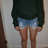 Distressed Low-rise Shorts with Floral Pockets