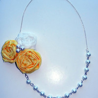 Yellow and White Rosette Flower Necklace with Pearls