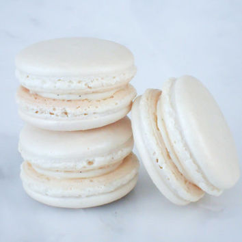 Cookie Wedding Favors French Macaron Cookies 12 White Shimmer Macaroons Gift Splendid Sweet