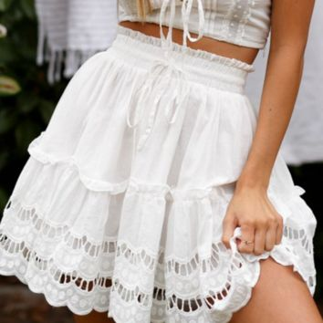 Spring and summer short skirt fashion holiday wind skirt loose women's high waist skirt