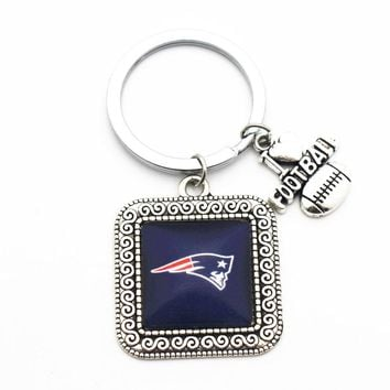 1pcs Silver Square Keychains Glass New England Patriots Football Team Pendant For Wome Men Key Chains Key Ring Jewelry