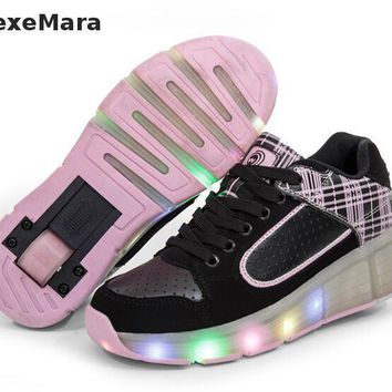 New Style 2016 Fashion Women Led Shoes With Wheels Girls Boys Roller Skate Shoes For A