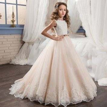 New First Communion Dresses O-Neck Appliques Sleeveless Ball Gown Court Train Flower Girl Dresses for Weddings Vestidos Hot