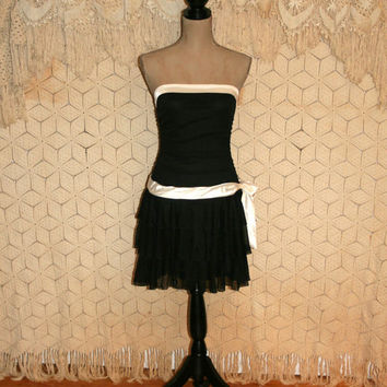 80s Dress Black & White Dress Party Dress Strapless Dress Sexy Dress Short Prom Dress Drop Waist Dress Club Dress Size 2 XS Womens Clothing