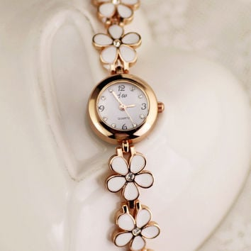 Comfortable Vintage Fashion Quartz Classic Watch Round Ladies Women Men wristwatch On Sales = 4662237764