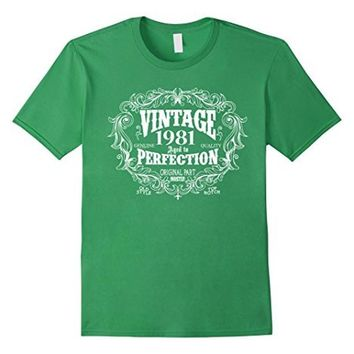 Vintage Born in 1981 Aged to perfection 36 yrs years old Birthday Gift T-Shirt