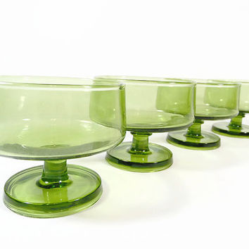Green Sherbet Coupe Glasses Mid Century Modern Glassware Set Stackable Stacking Glasses Dessert Cups Champagne Glasses Minimalist SET of 4