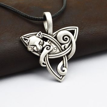 1pcs Men's Large Viking Jewelry Fox Triquetra Fenrir Animal Teen Wolf Necklace Irish Celtics Knot Pendant Amulet Necklace CT526