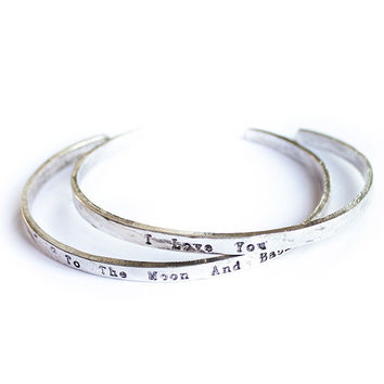 """To the moon and back"" Friendship Bracelet"