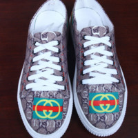 GUCCI fashion new canvas shoes men and women more letter print tiger shoes