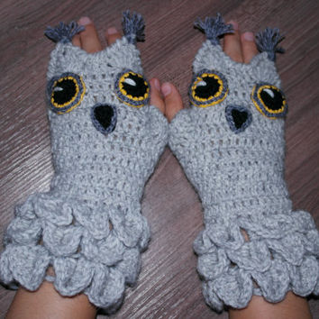 Hand Crocheted Fingerless Gloves, Owl, Gift Ideas, For Her, Winter Accessories,Spring Celebrations, Accessories, Gloves & Mittens, Grey