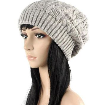 CREYCI7 2016 Beautiful lovely Fashion warm autumn winter knitted hat women stripes Skullies Beanies South Korean version of the hat 5 co